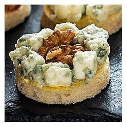 Canape Roquefort